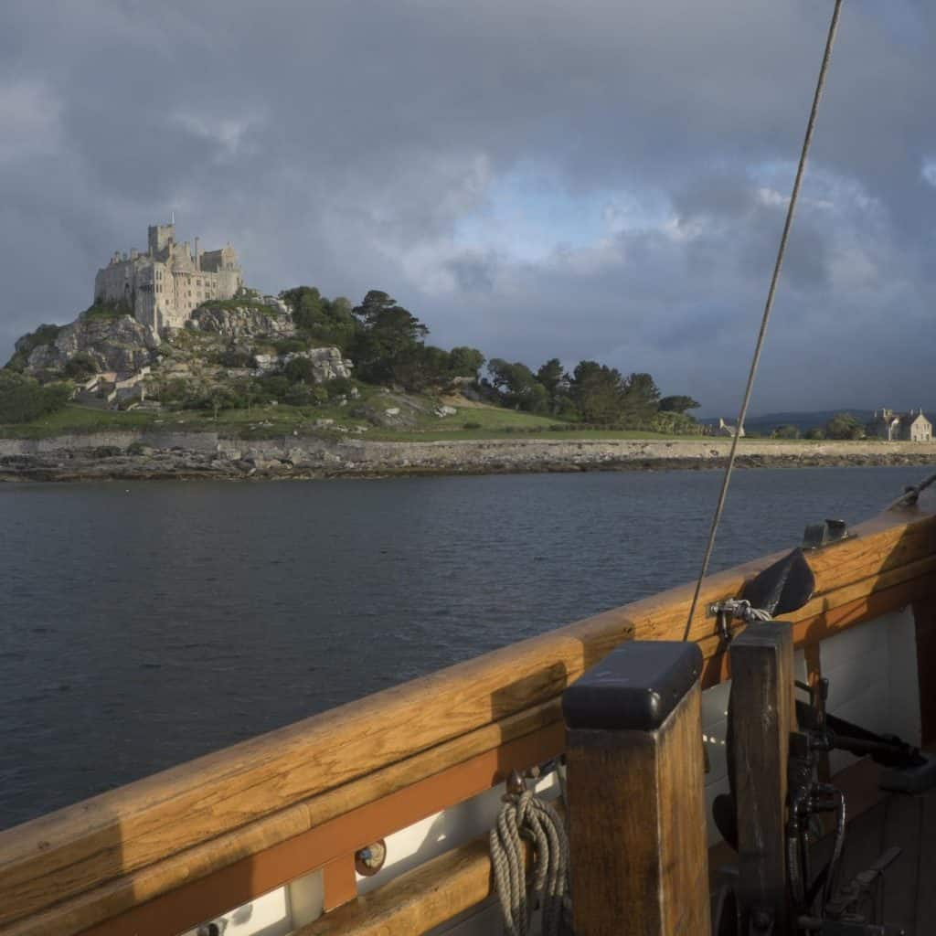Pilgrim sails to Cornwall and passes St Michael's Mount