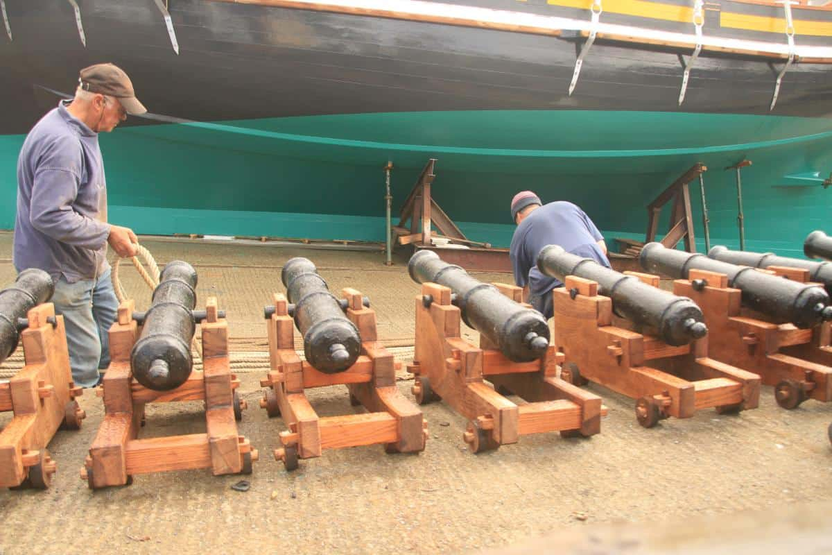 Grayhound Revenue Lugger replica - cannons on launch day
