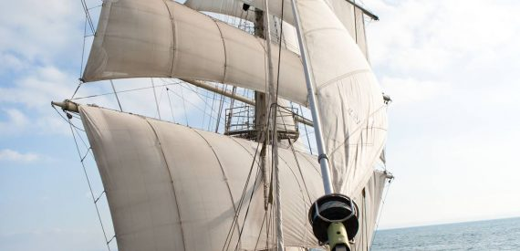 Sailing on Tall ship Tenacious