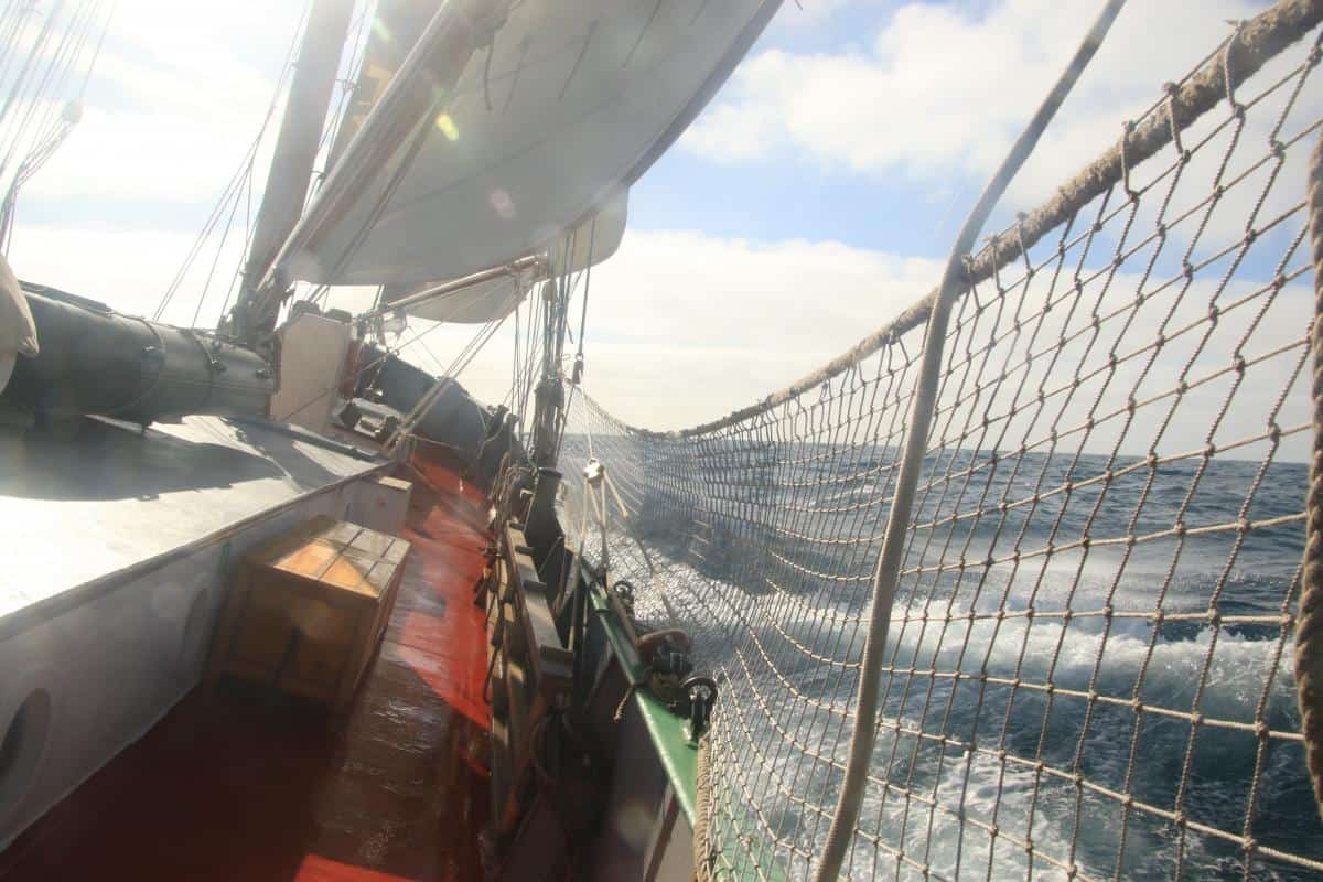 Tecla with safety nets up on an offshore passage