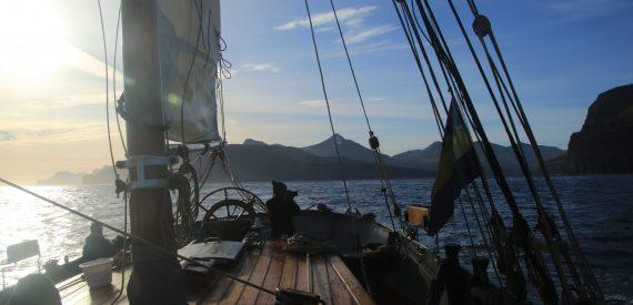 sail tecla in rhe faroe isles