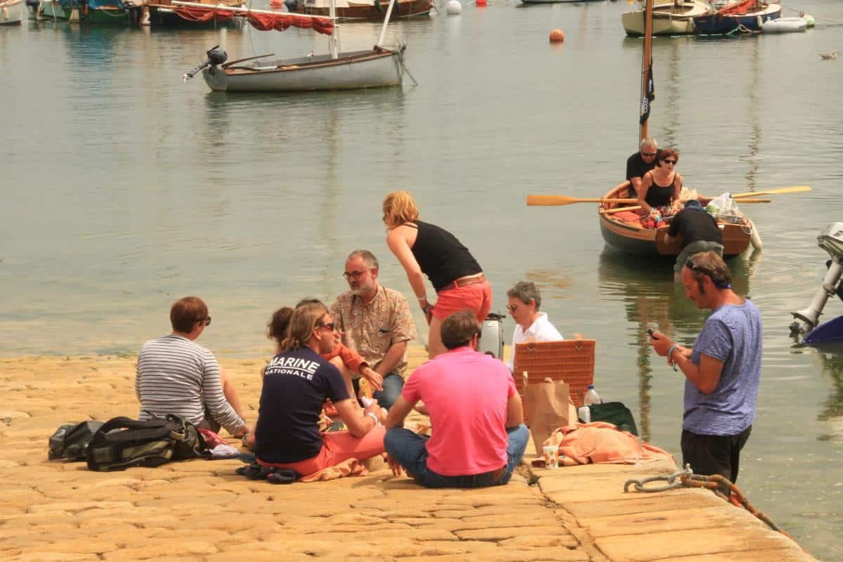 Picnic in a french port - baguettes and tempting cheeses are easy