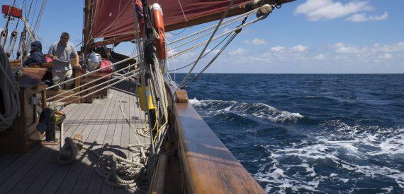 coastal sailing on Pilgrim