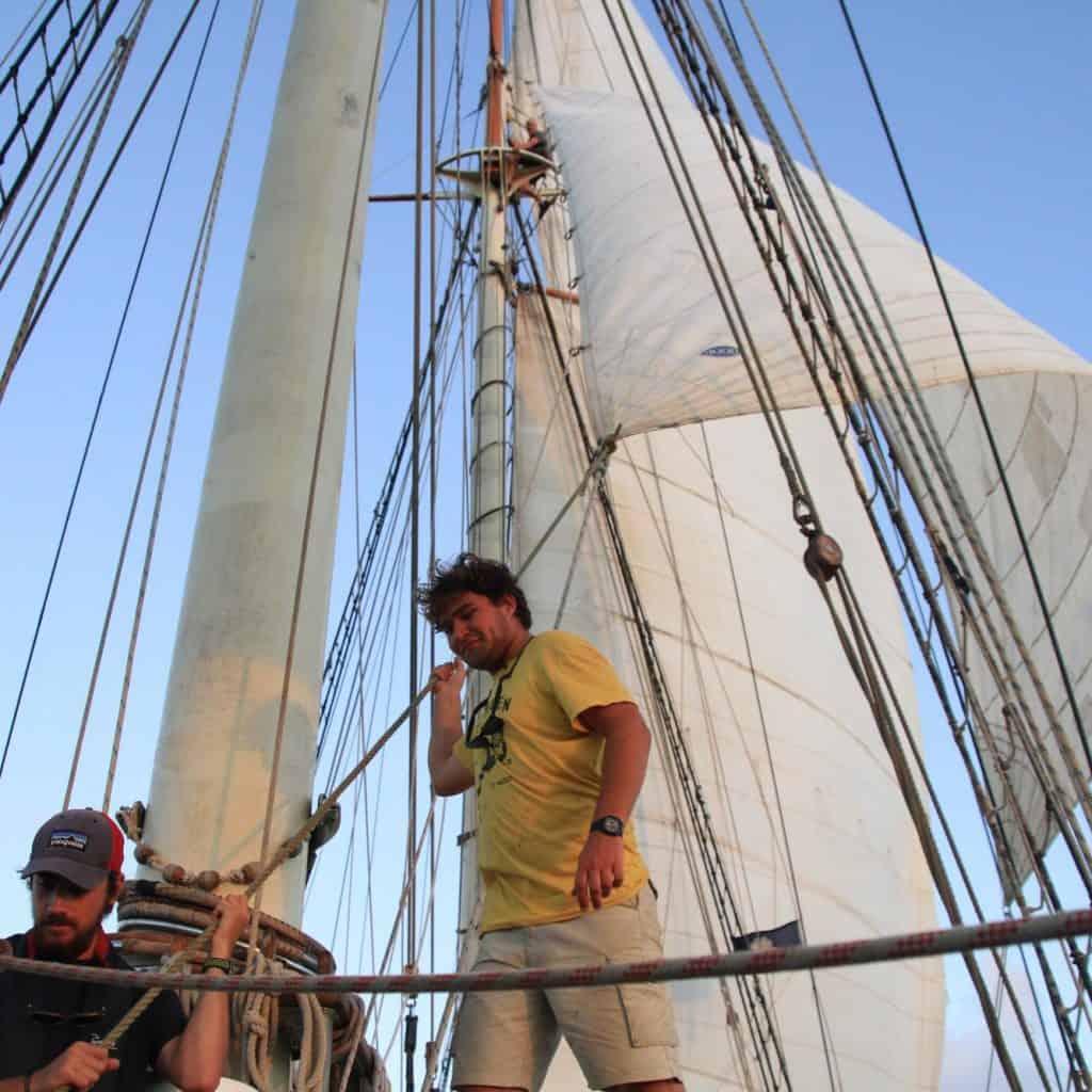 Teamwork, hauling lines on deck