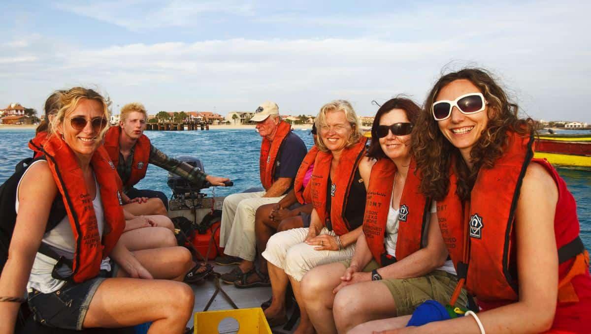 Schooner Oosterschelde: Going ashore by zodiac in Cape Verde
