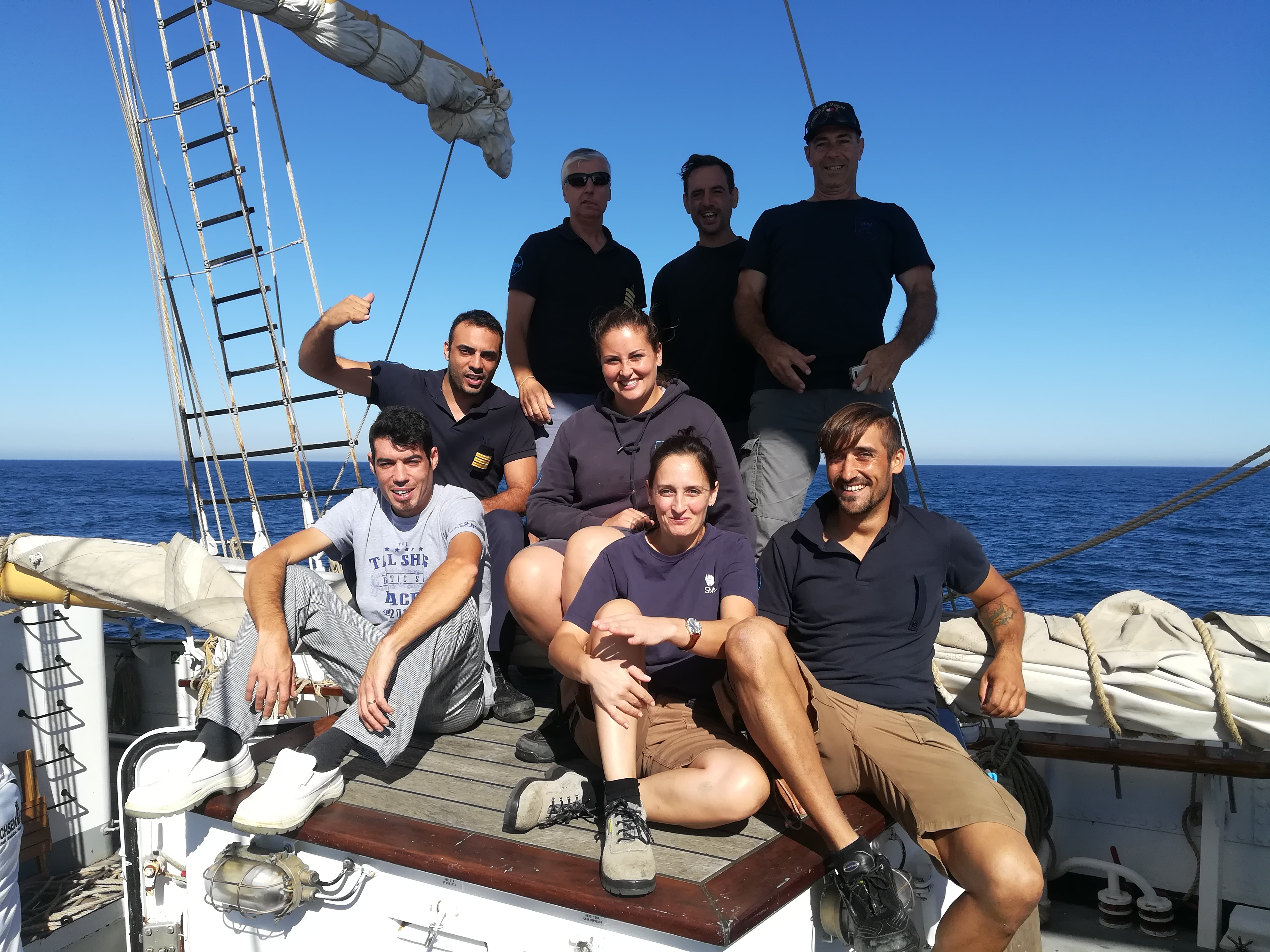 Santa Maria Manuela Crew to welcome you to their schooner