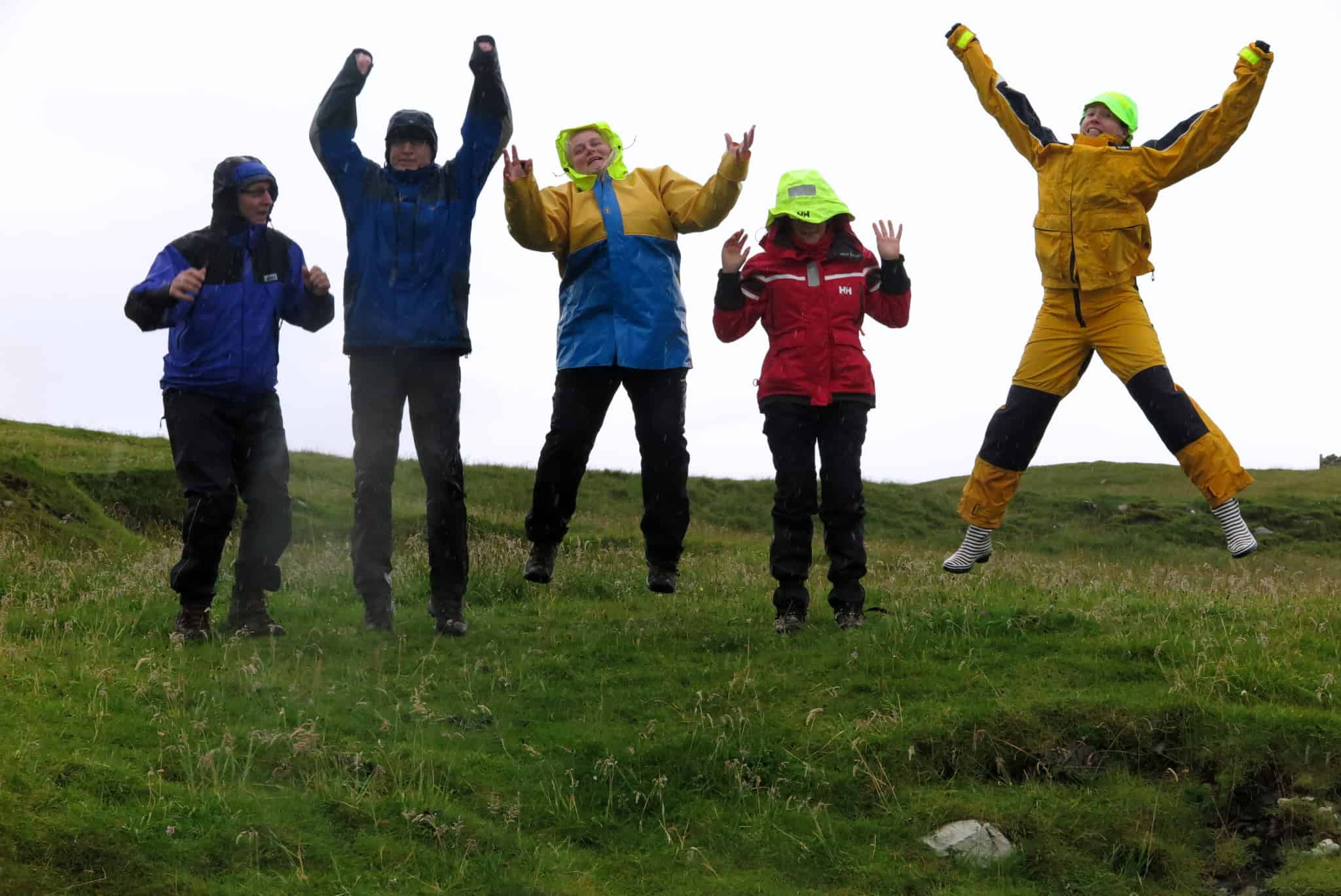 If in doubt take your own waterproofs. However many of the uk boats offer waterproofs