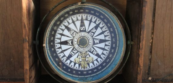 fishermans compass in a box