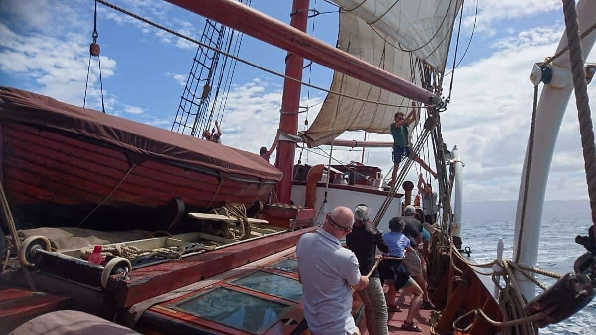 Setting the sails on Oosterschelde requires teamwork