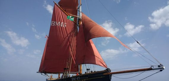 Sailing on Pilgrim with Classic Sailing photo Jess Warped