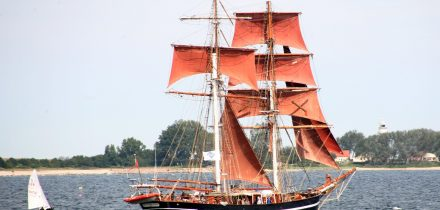 keil canal is big enough for tall ships
