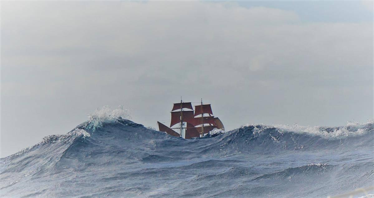 ocean sailing on eye of the wind