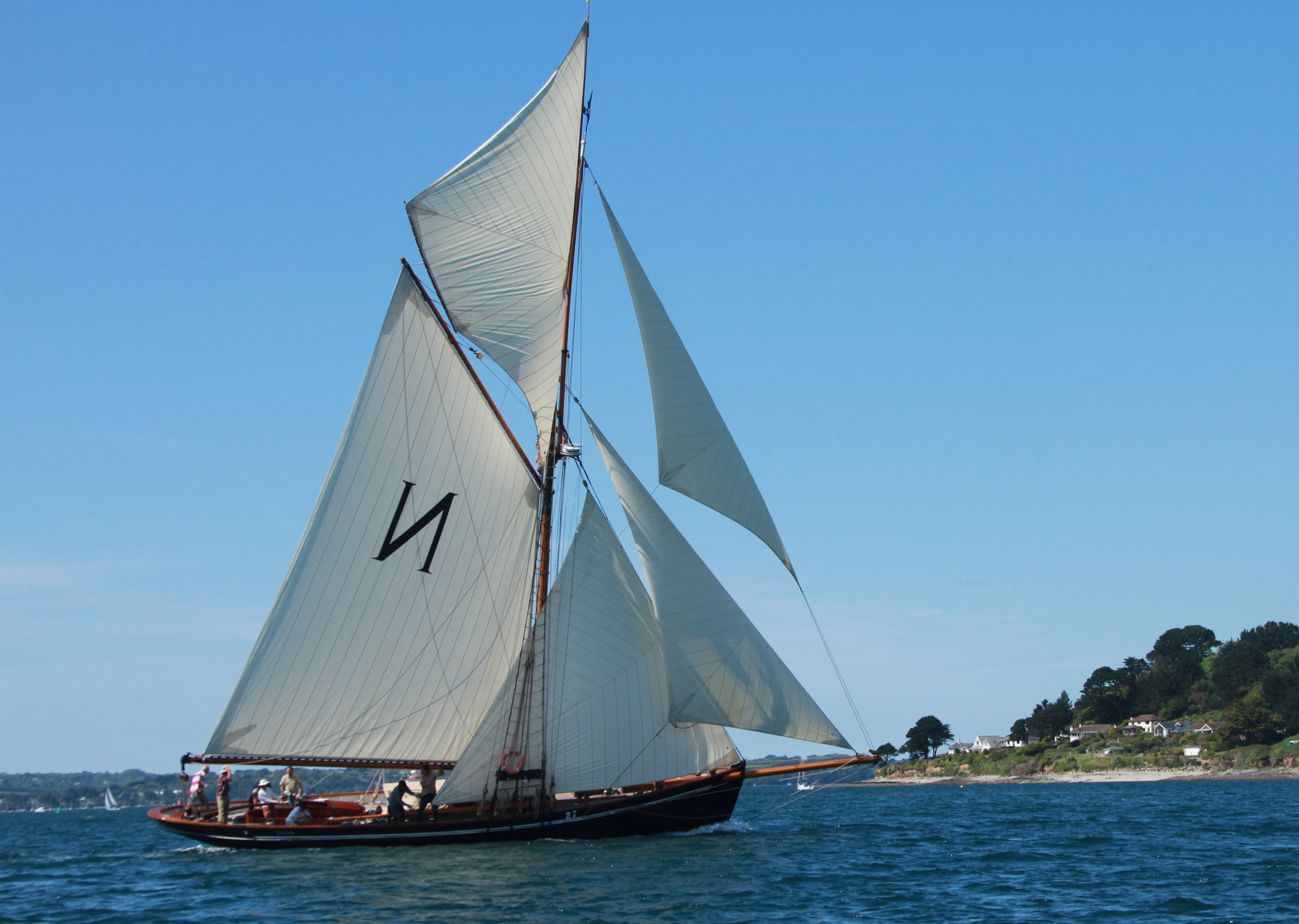 short sailing breaks from £250 on the largest Bristol Channel Pilot Cutter Mascotte in Cornwall