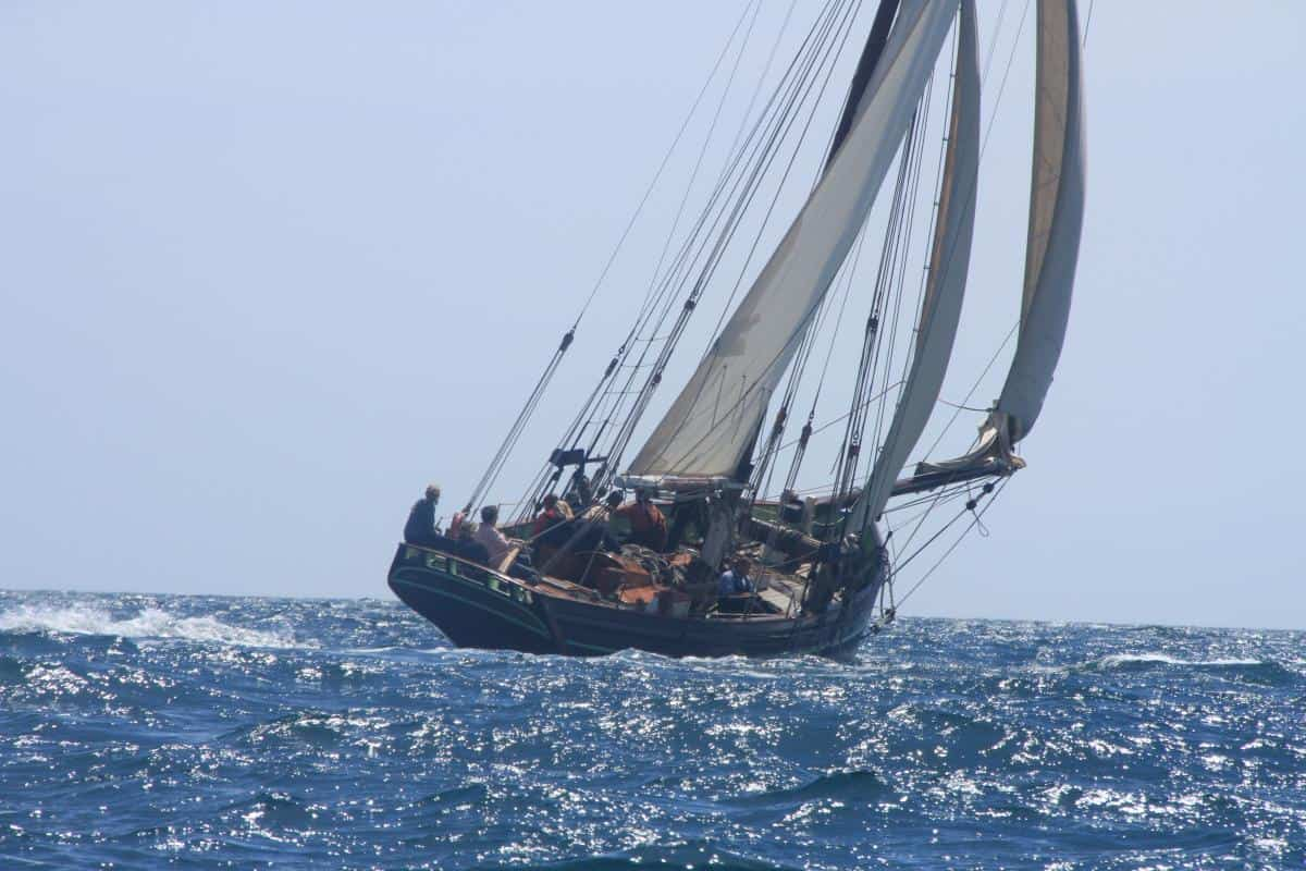 Classic Sailing Pilot Cutter Directory - Agnes