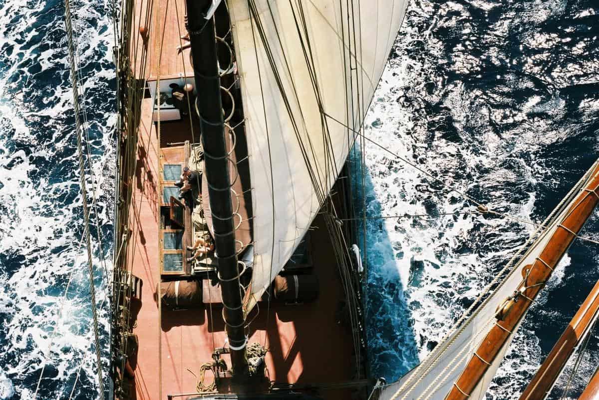 12 knots on Oosterschelde in Cape Verde