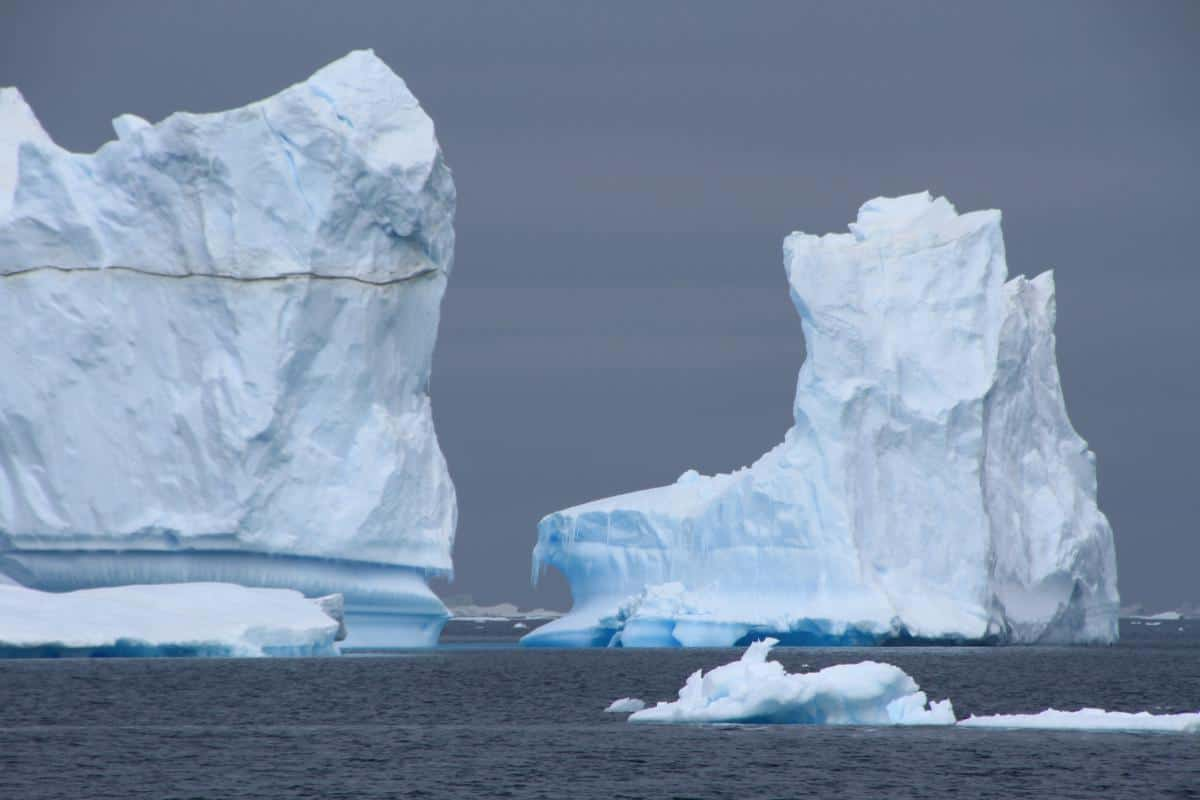 Photographing Icebergs in the weddell Sea