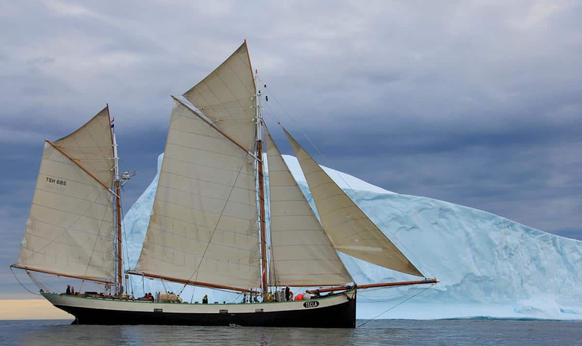 North West Passage Expedition from East to West Coast on Tecla