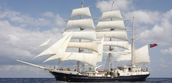 Sail on Tall ship Tenacious with Classic Sailing